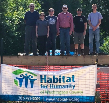 Habitat For Humanity-Volunteers